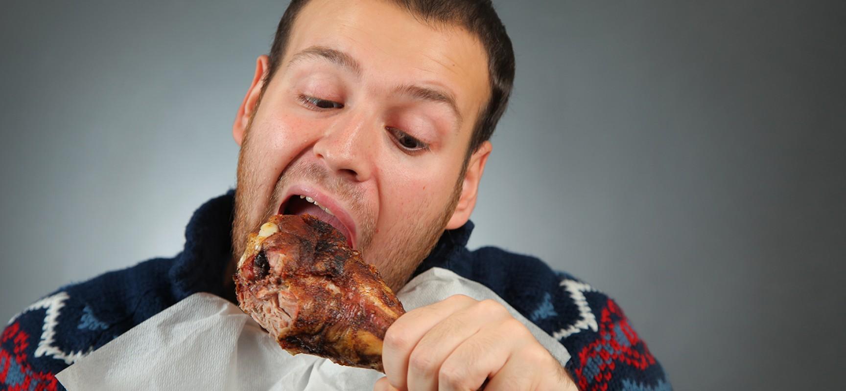 Comer carne pode aumentar risco de demência, avalia pesquisa